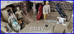 Vintage Star Wars Millenium Falcon 1983 & 1977-83 Magnificent 7 Kenner Figures