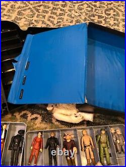 Vintage Star Wars action figure and cases lot